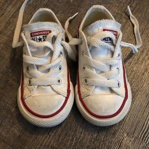 Size 5 kids converse shoes